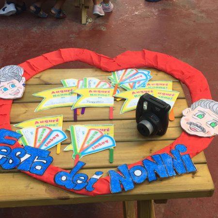 Scuola dell'Infanzia Paritaria Bari New Snoopy festa dei nonni